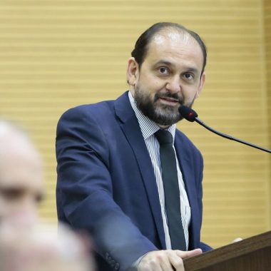 Laerte Gomes confirma empenho de R$ 320 mil para DER atender demanda de Vale do Paraíso