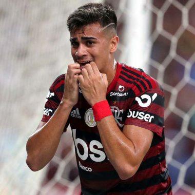 Flamengo e Real Madrid anunciam transferência de Reinier