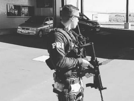 SUICÍDIO? – Policial rodoviário federal é encontrado morto com tiro na cabeça dentro de casa