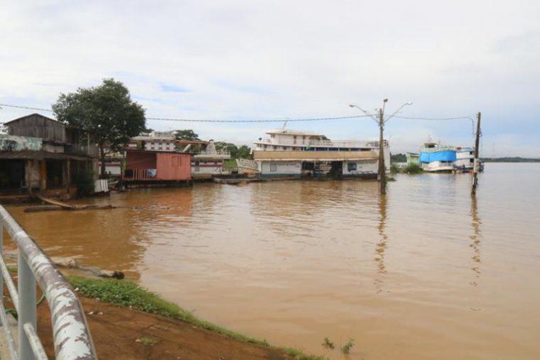 ENCHENTE – Nível do Rio Madeira chega a 14,23 metros, entra na cota de atenção e preocupa moradores
