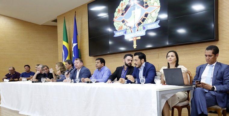 Em reunião na ALE, Governo pede seis meses para estudos do PCCR da saúde e dá aumento de R$ 158 no auxílio alimentação