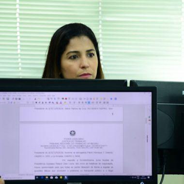 Descumprimento de ordem judicial gera bloqueio e multa de R$ 100 mil por dia ao Sitetuperon