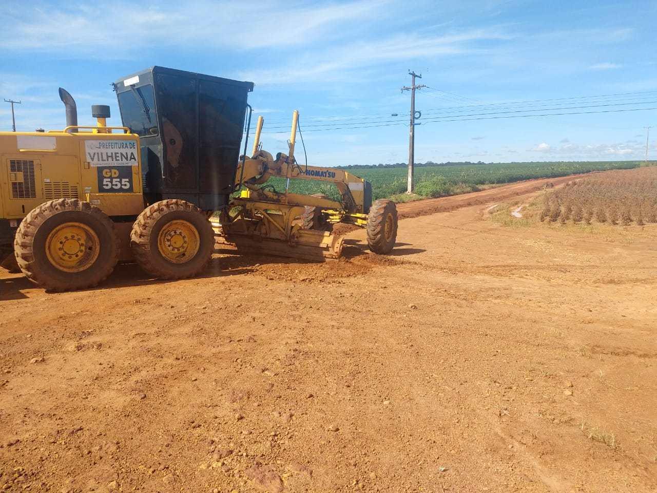 Prefeitura de Vilhena atende pedido do deputado Anderson realiza limpeza e patrolamento da estrada de acesso ao presídio Cone Sul