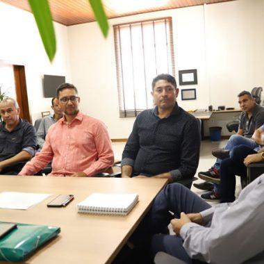 Preocupado com o transporte escolar rural em Porto Velho, deputado Anderson participa de reunião com prefeito Hildon Chaves