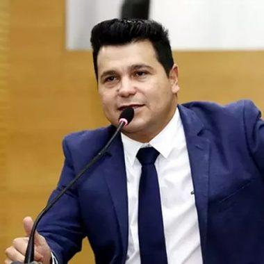 """Marcelo Cruz nega uso de recursos públicos em cirurgia estética; """"foi uma lamentável execração pública"""""""