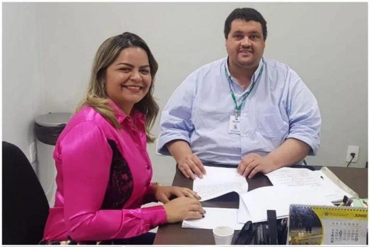 CRISTAL DA CALAMA – Emdur instala iluminação pública a pedido de vereadora Ada Dantas