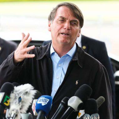 Bolsonaro cancela readmissão de Santini e transfere PPI para Economia