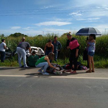 Grave acidente de trânsito na BR-364 deixa ocupantes de veículos feridos
