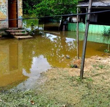 CHEIA DO MADEIRA – Preocupada, Defesa Civil inicia trabalhos de monitoramento e orientação junto a ribeirinhos