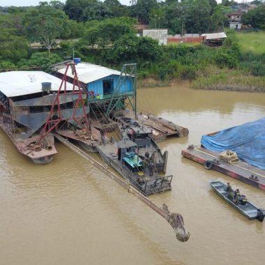 11 dragas são apreendidas em operação no Rio Madeira em Porto Velho