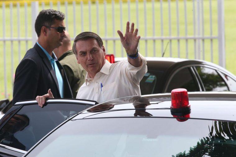 """Fundo Eleitoral: """"Temos de preparar a opinião pública"""", diz Bolsonaro"""