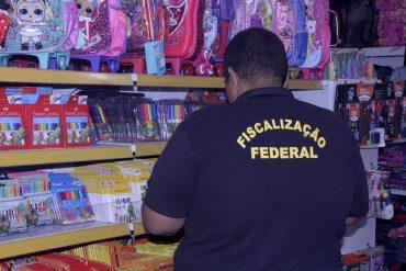 Ipem Rondônia fiscaliza papelarias e alerta pais sobre os cuidados na hora de comprar o material escolar