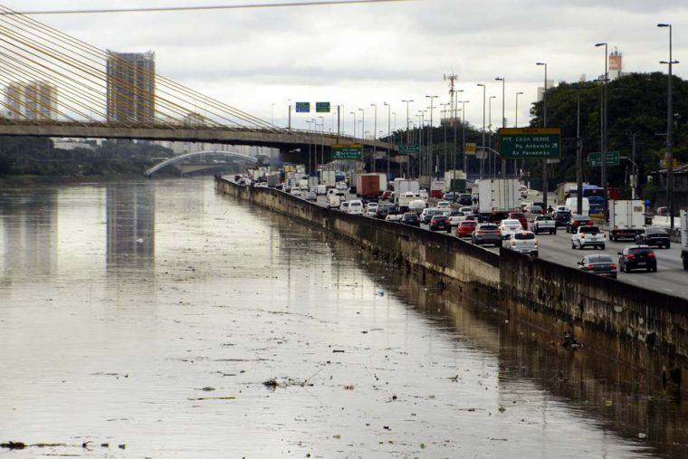 Em 8 anos, governo paulista gastou R$ 1,7 bi na despoluição do Tietê