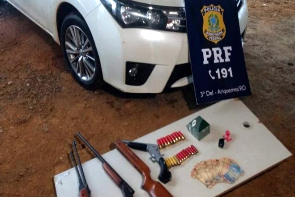 Carro roubado em Cujubim é recuperado pela PRF em Alto Paraíso