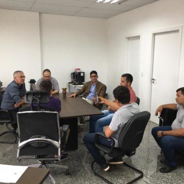 Assessor político da Casa Civil se reúne com garimpeiros para ouvir demandas e encaminhar ao secretário sobre garimpagem no Rio Madeira
