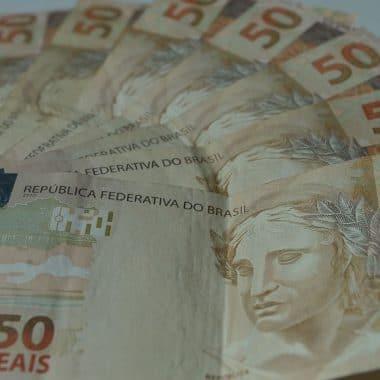Mercado financeiro reduz estimativa de inflação para 3,25% este ano