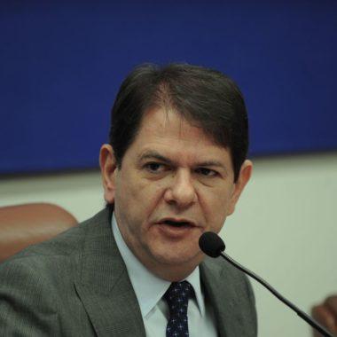 Senador Cid Gomes recebe alta da UTI