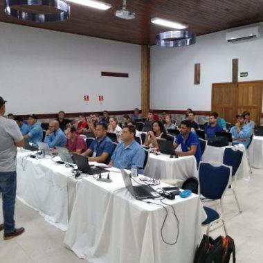 Servidores da Idaron recebem qualificação sobre software que permite análise de dados georreferenciados