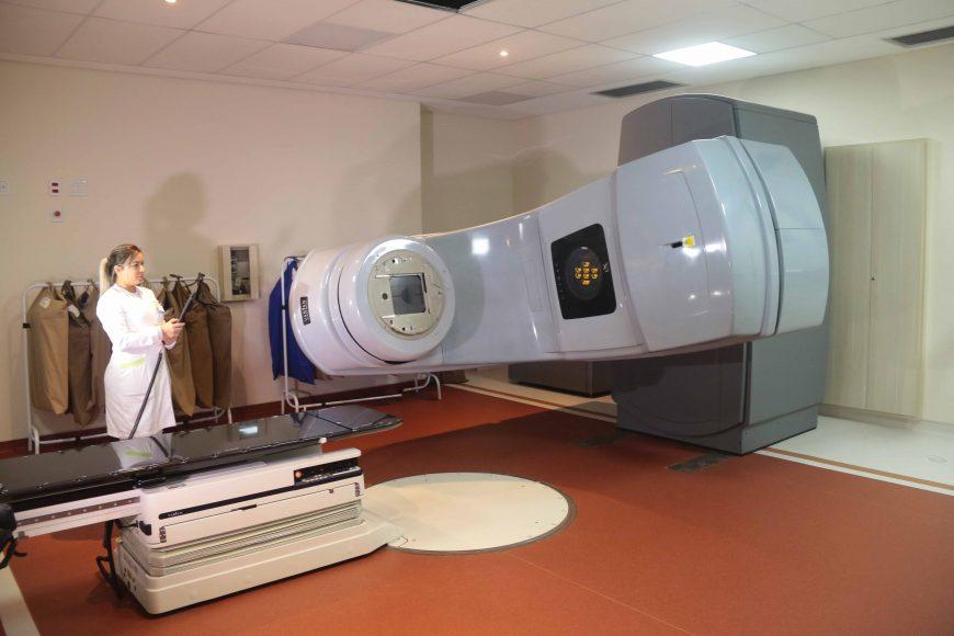 Rondônia recebe equipamento de alta tecnologia para tratamento oncológico e avança como referência para o Brasil