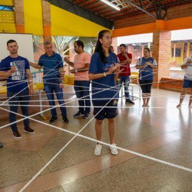 Treinados, servidores educacionais recebem 120 alunos no Programa Escola do Novo Tempo