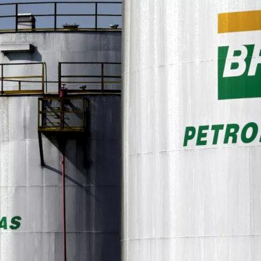 Petrobras corta preço da gasolina e do diesel nas refinarias a partir de sábado