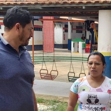AMPLIAÇÃO – Márcio Pacele vistoria obra de construção de salas de aula e refeitório na escola Engenheiro Walmer Siqueira
