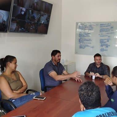 Vereador Marcio Pacele busca melhorias para o bairro Lagoa em reunião na Secretaria de Obras