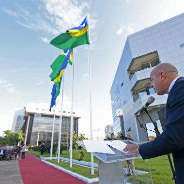 Ismael Crispin celebra introdução do símbolo soberano do Poder Legislativo de Rondônia