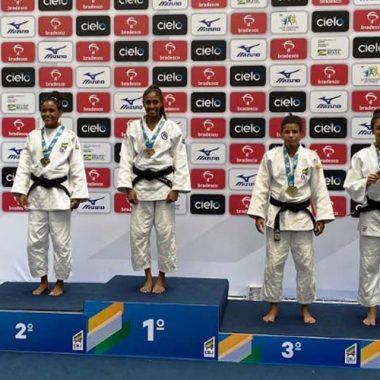 Judoca de Cacoal conquista medalha de bronze em São Paulo