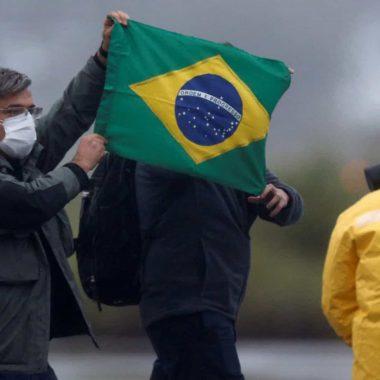 Resgatados passam por exames e seguem sem sintomas de contaminação