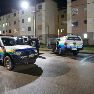 Acusado de roubo é preso portando revólver no Orgulho do Madeira