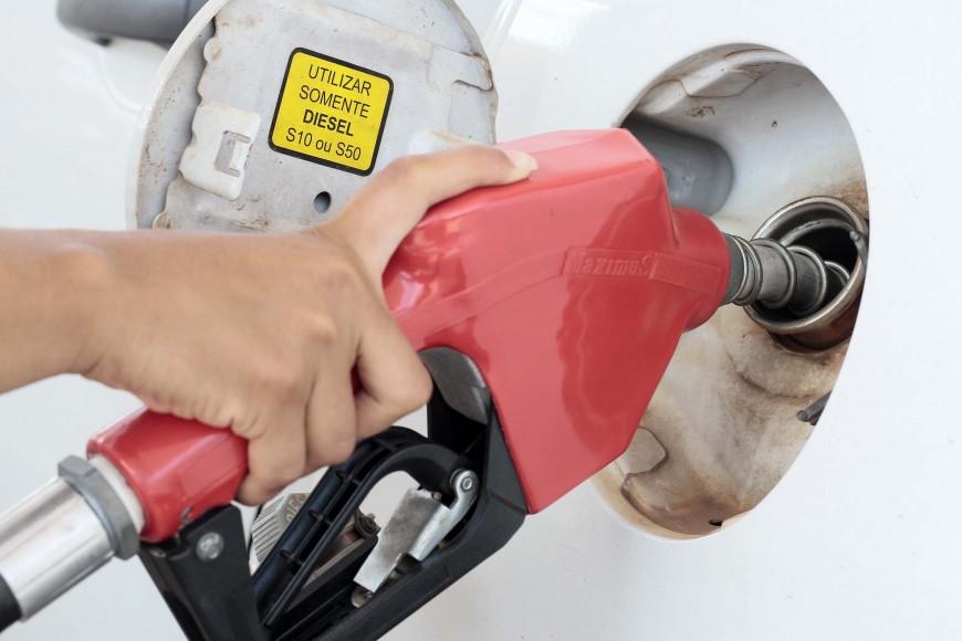 Procon de Ji-Paraná notifica postos de combustíveis para conter eventual abuso de preço