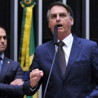 Presidente Bolsonaro testa positivo para coronavírus, diz Fox News