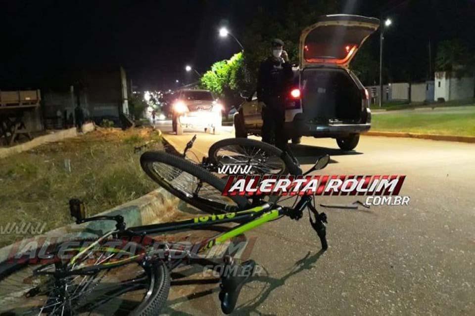 Duas pessoas ficam feridas após colisão entre moto e bicicleta