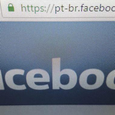 Facebook divulga anúncios da OMS no combate à desinformação