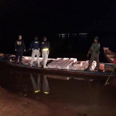 PF e Exército flagram rondonienses levando três toneladas de carne de frango ilegalmente para a Bolívia