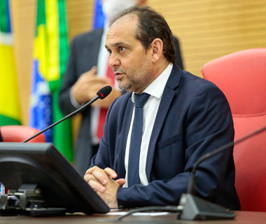 "Presidente da Assembleia sofre ataques após reforma e endurece discurso contra propagadores de ""fake news"""