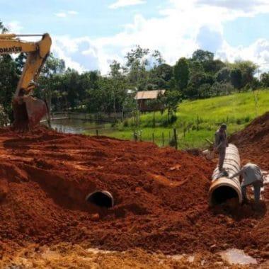 Frentes de serviço do DER trabalham para manter trafegabilidade na região Central de Rondônia