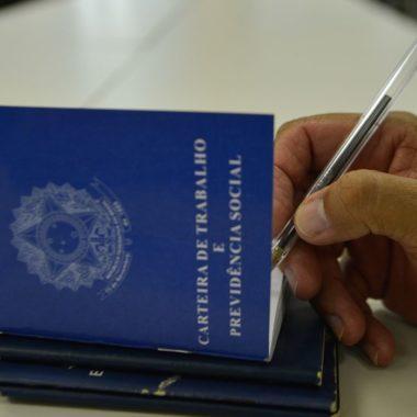 MP de crédito de R$ 40 bi para folha de pagamento é assinada pelo governo