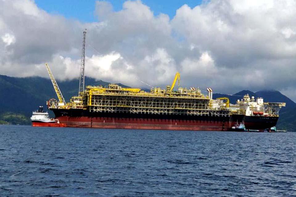 Petrobras prevê produção de 2,07 milhões de barris por dia em abril