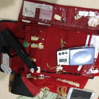 Polícia Militar recupera veículo, apreende arma e prende suspeito