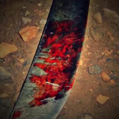 Homem é atacado a facadas por ex-marido de adolescente