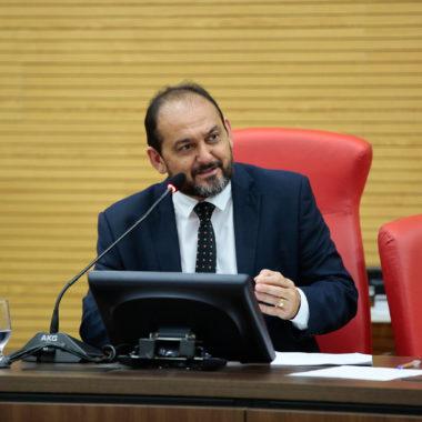 Presidente Laerte afirma que a Assembleia deve tomar providência contra cartel de laticínios