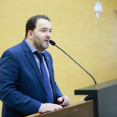 Deputado Alex Redano critica projeto que prevê desconto bilionário para a Energisa