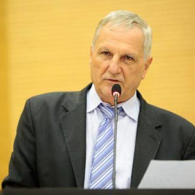 POPULISMO – Deputado Adelino Folador apresenta projeto ilegal e faz palanque em meio ao caos do COVID-19