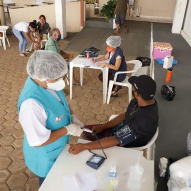 """""""Consultório na Rua"""" mantém atendimento médico à população em situação de risco"""
