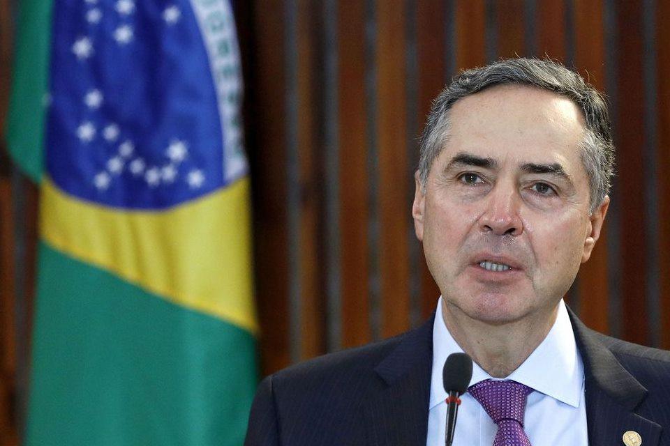 Barroso recebe presidentes da Câmara e do Senado para discutir eleição