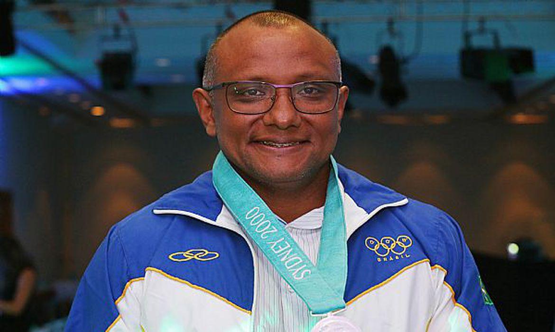 Brasil terá novo medalhista olímpico. Cláudio Roberto, prata em Sydney