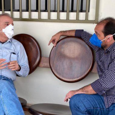 Presidente Laerte Gomes e Henrique Prata explicam como será o atendimento a pacientes com Covid-19 no Hospital de Amor