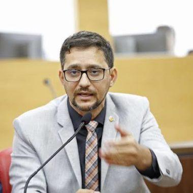 CORONAVÍRUS – Deputado Anderson quer pagamento de percentual máximo de insalubridade para servidores da saúde
